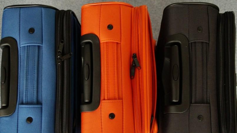 luggage-356733_1920